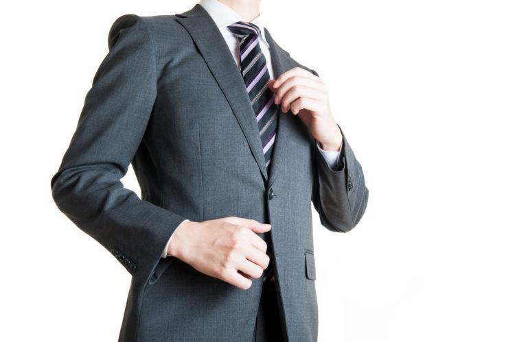 """""""スーツ男子""""に女子がドキドキする心理学的理由"""