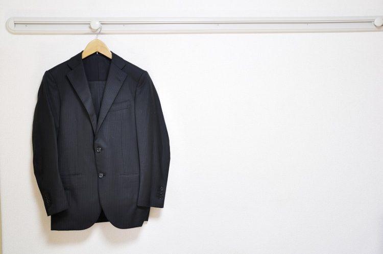 スーツをキレイなままで長持ちさせるには