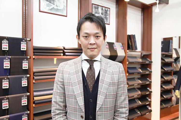 お店で植田を迎えてくれたのは、榮岩和久(はえいわかずひさ)さん