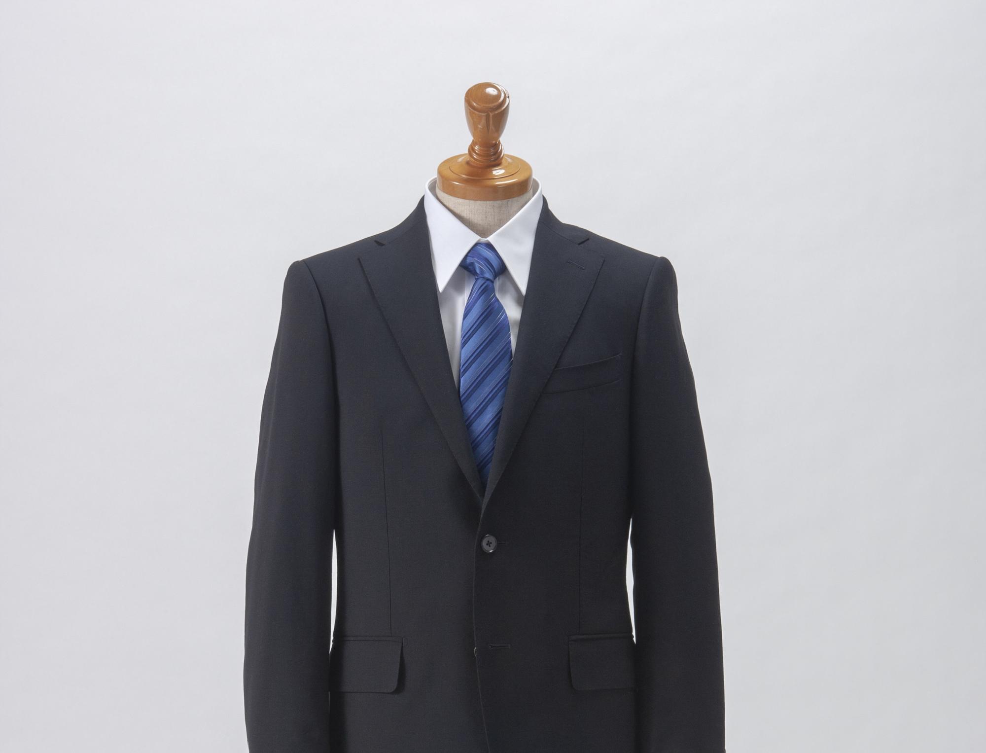 礼服とビジネススーツの違い ビジネスマンなら知っておきたい基礎知識